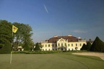 Schonborn Golf Club