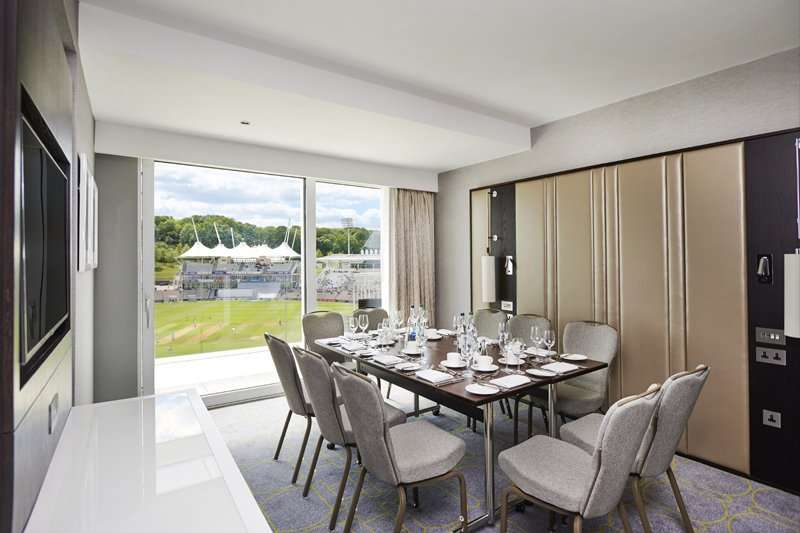 Hotel Hilton At The Ageas Bowl In South Of England